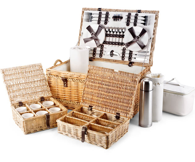 Willow Picnic Baskets Luxury Christmas Willow Hampers Candle And